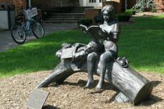 Пам'ятник у м. Крайстчерч, Нова Зеландія
