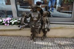 Пам'ятники та цікава міська скульптура в Празі, Чехія.